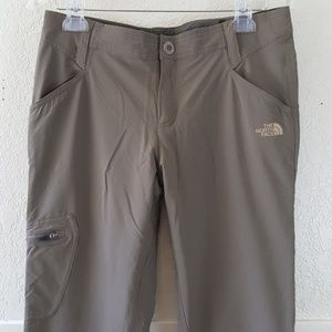 The North Face fleece lined waterproof pants EUC 6